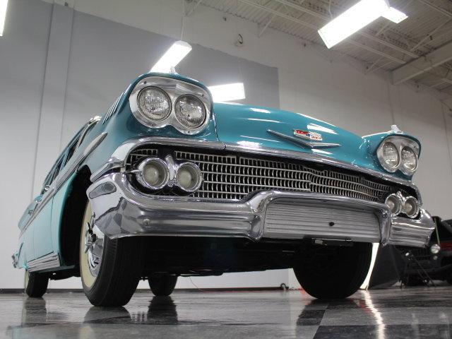 Chevrolet Classic Cars 18858410