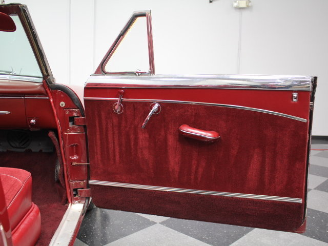 Packard  classic cars 18946710