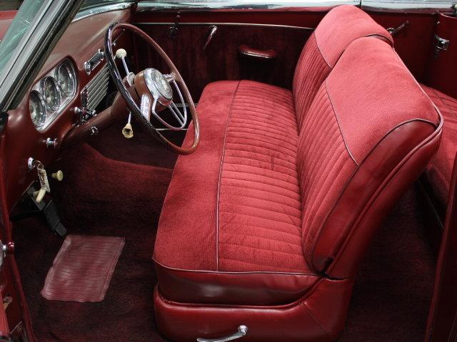 Packard  classic cars 18952210