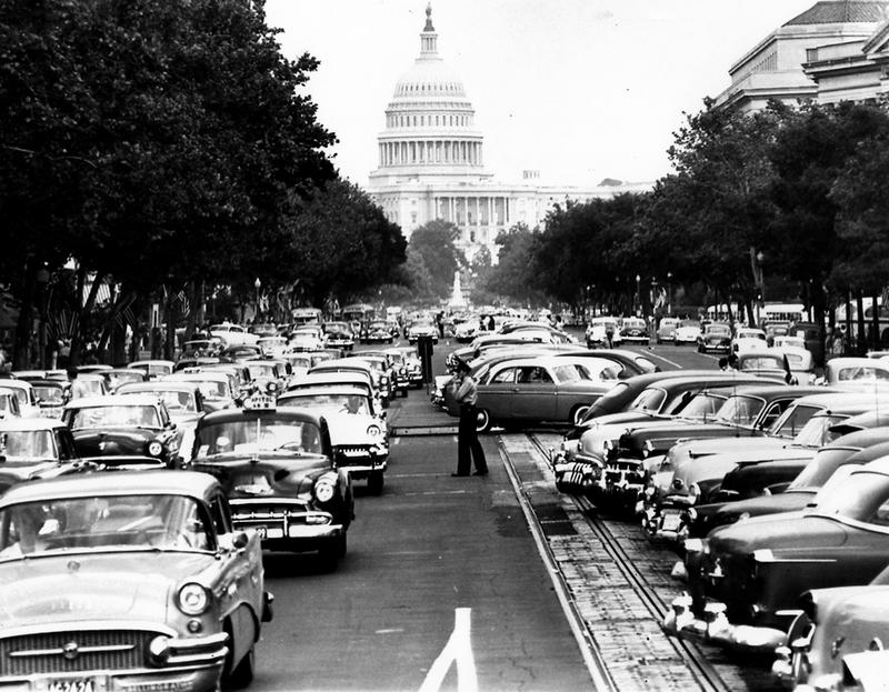 Rues fifties et sixties avec autos - 1950's & 1960's streets with cars 1955_t10