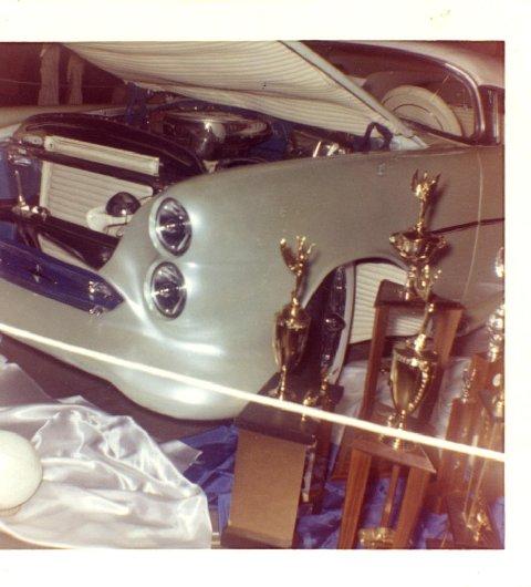Oldsmobile 1948 - 1954 custom & mild custom - Page 3 19indi10