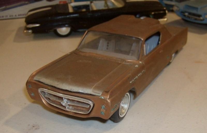 Vintage built automobile model kit survivor - Hot rod et Custom car maquettes montées anciennes 22843310