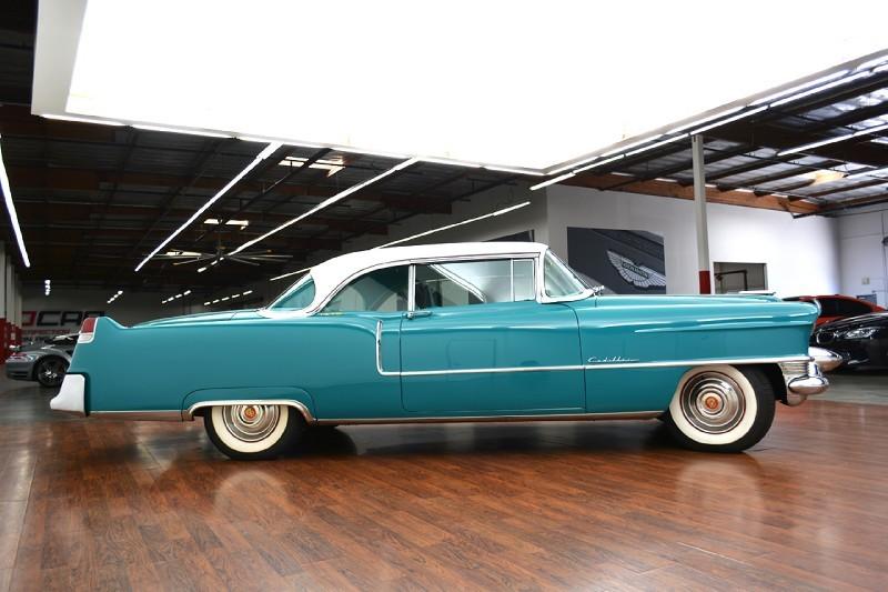 Cadillac Classic Cars 2w_80010