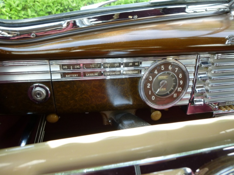 Packard  classic cars 47pack23