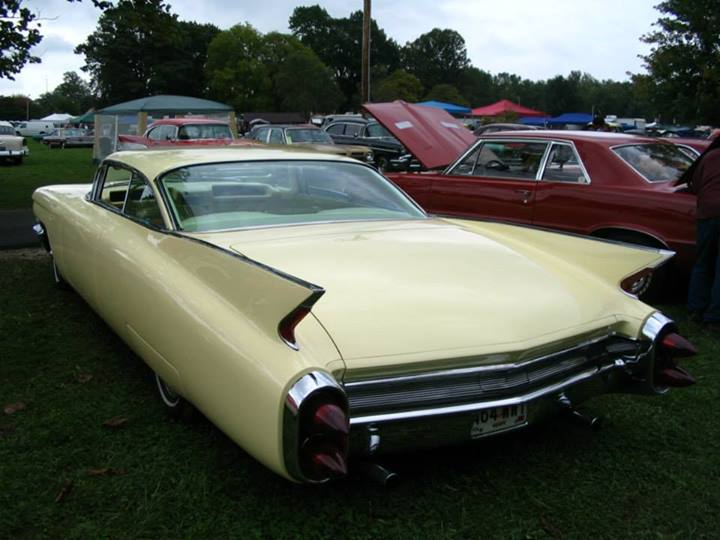 Cadillac 1959 - 1960 custom & mild custom - Page 2 55949210