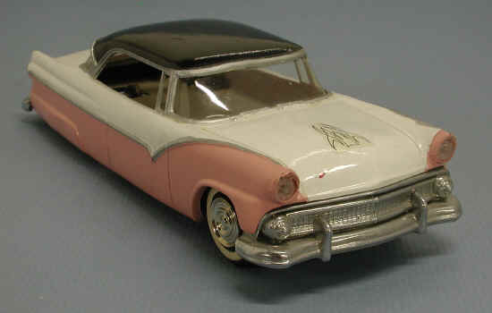 Vintage built automobile model kit survivor - Hot rod et Custom car maquettes montées anciennes 55ford10