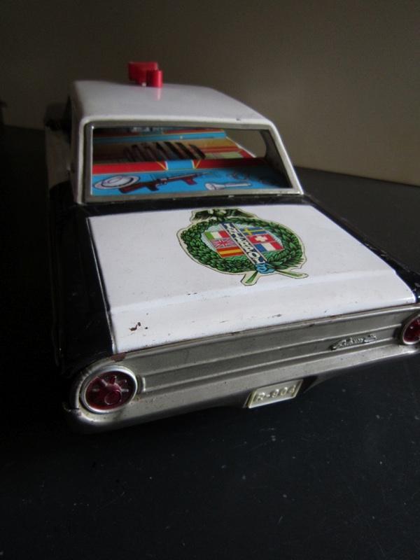 us car -  tôle - Tin Toys -  1950's & 1960's - Page 2 856e9c10