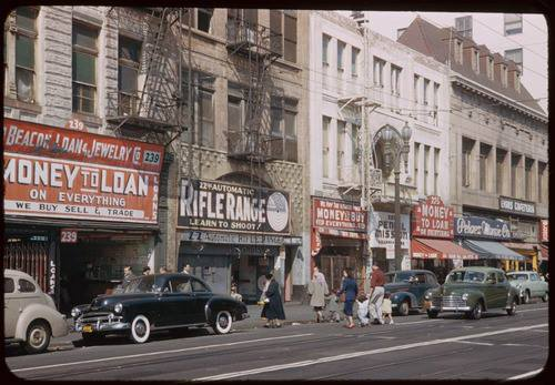 Rues fifties et sixties avec autos - 1950's & 1960's streets with cars 94260310