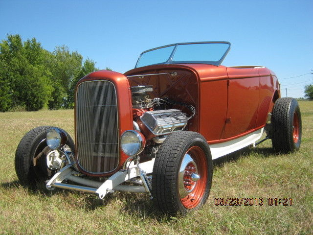 1932 Ford hot rod - Page 6 Aazt10