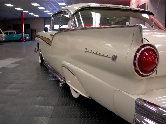 Ford 1957 & 1958 custom & mild custom  - Page 3 Av155020
