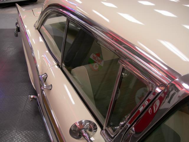 Ford 1957 & 1958 custom & mild custom  - Page 3 Av155022