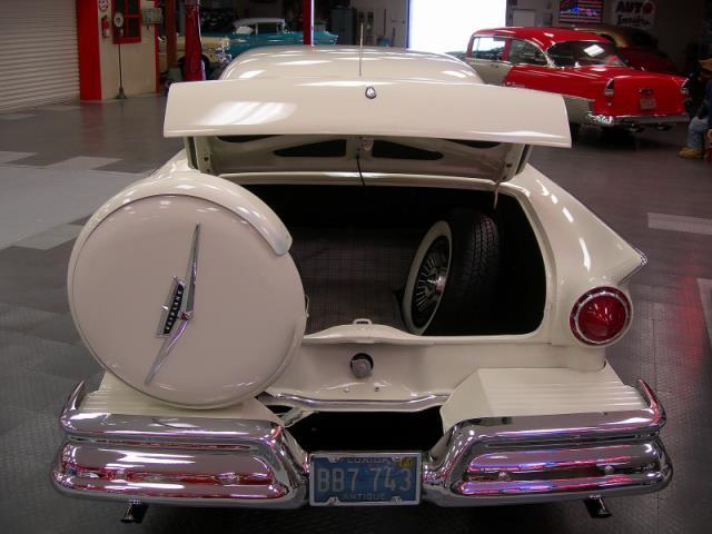 Ford 1957 & 1958 custom & mild custom  - Page 3 Av155032
