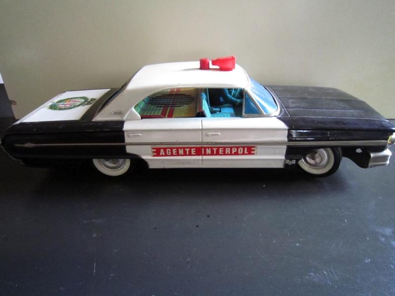 us car -  tôle - Tin Toys -  1950's & 1960's - Page 2 B17a3310