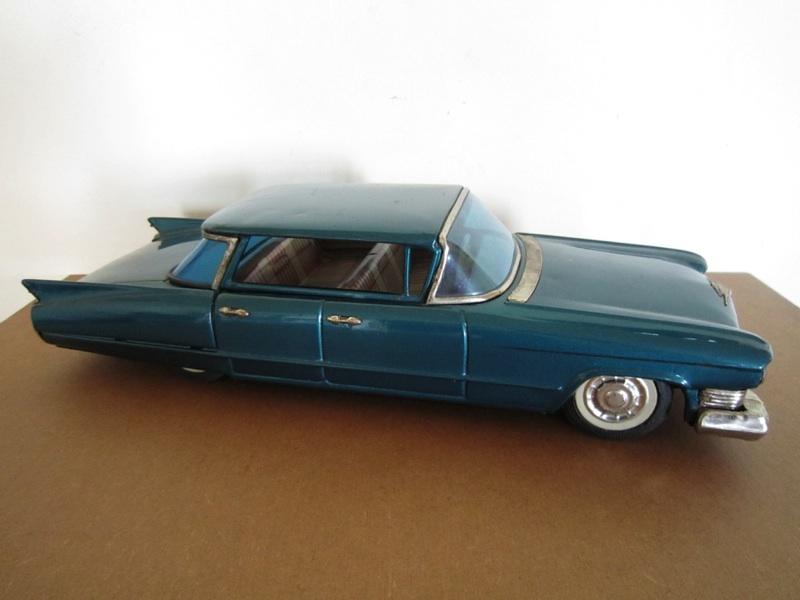 us car -  tôle - Tin Toys -  1950's & 1960's - Page 2 B1889610
