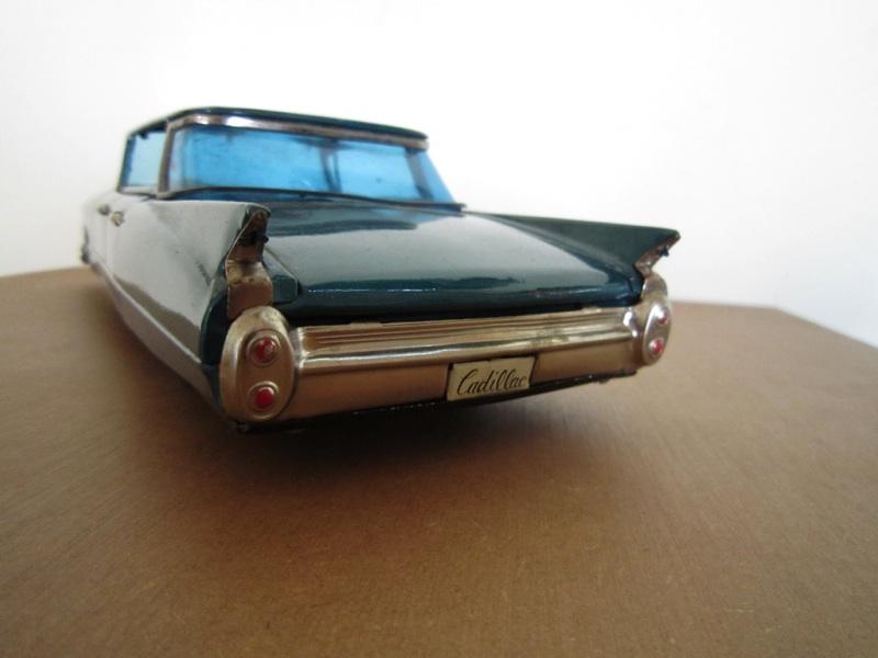 us car -  tôle - Tin Toys -  1950's & 1960's - Page 2 B43c5710