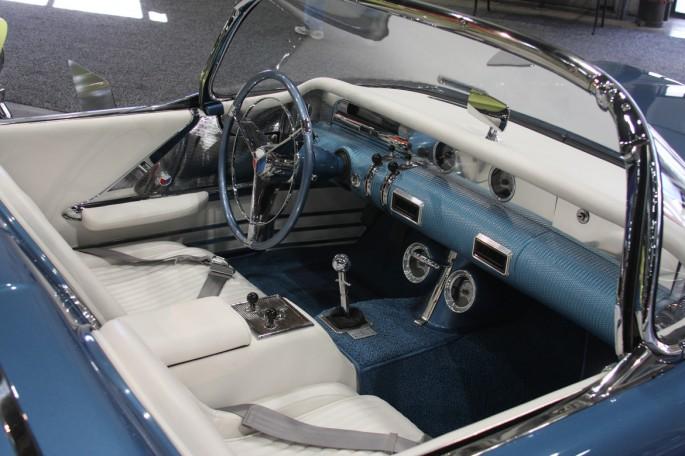 1954 Buick Wildcat II Motorama Dream Car  Buick-16