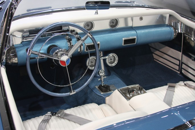 1954 Buick Wildcat II Motorama Dream Car  Buick-21