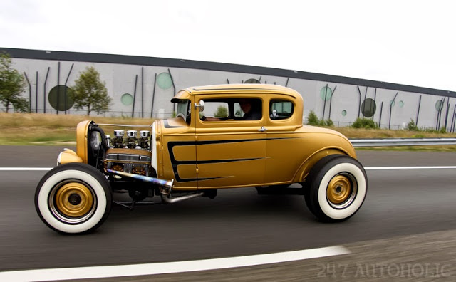 1932 Ford hot rod - Page 6 Coupe_10