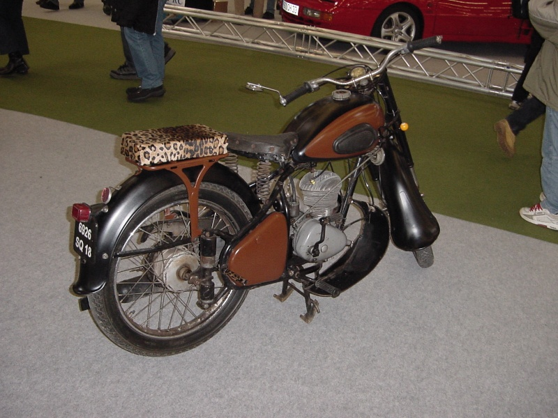 Salon auto moto collection - 2003 - stand fifties gang Dsc00023