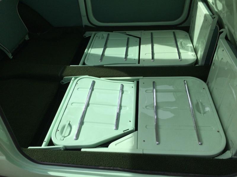 Monospace, camionnettes vitrées et mini bus Erfeve10