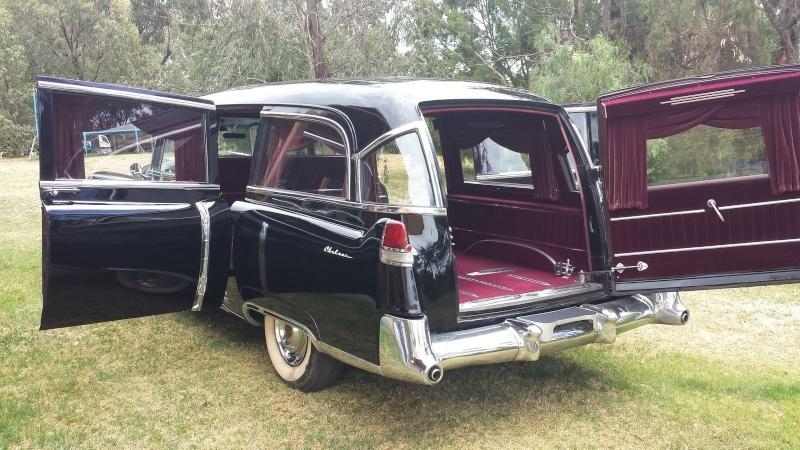 Corbillards - Cars for the funeral  Gyfrt10