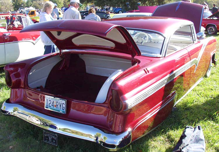 Ford 1955 - 1956 custom & mild custom - Page 2 Hay05710