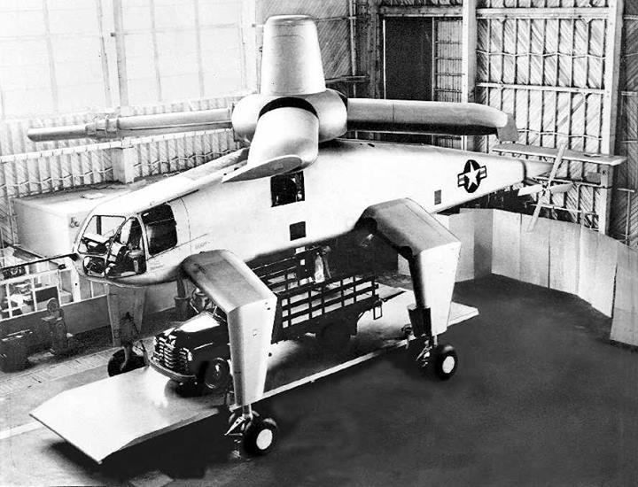 Avions 1950's, futuristes et vaisseaux spaciaux - Vintage Spaceships, Starships and futuristic planes.  Hughes10