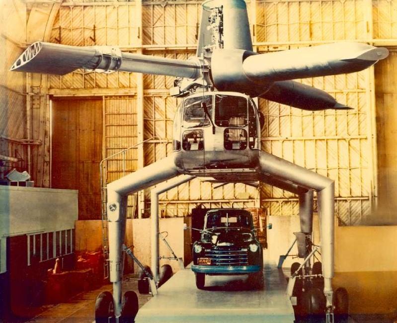 Avions 1950's, futuristes et vaisseaux spaciaux - Vintage Spaceships, Starships and futuristic planes.  Hughes12
