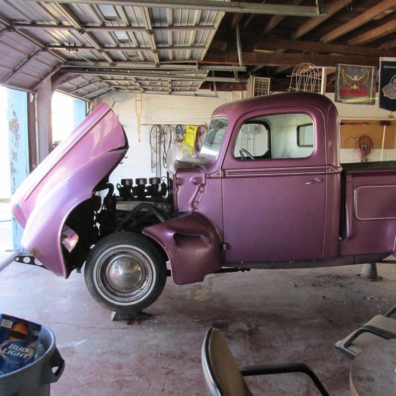 Ford & Mercury 1939 - 40 custom & mild custom - Page 4 Img_2816