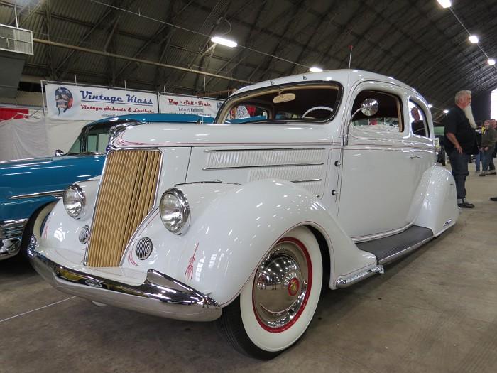 Ford 1935 - 38 custom & mild custom - Page 2 Img_5418