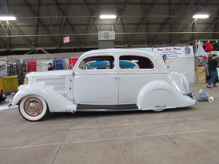Ford 1935 - 38 custom & mild custom - Page 2 Img_5421