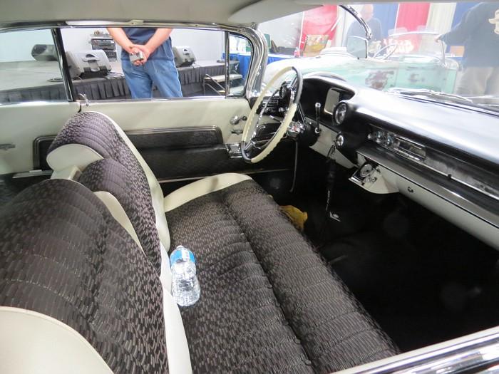 Cadillac 1959 - 1960 custom & mild custom - Page 2 Img_5531