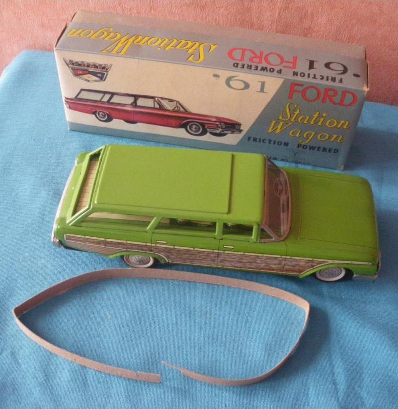 us car -  tôle - Tin Toys -  1950's & 1960's - Page 2 Imgp0710