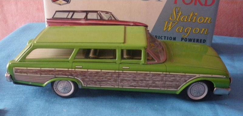 us car -  tôle - Tin Toys -  1950's & 1960's - Page 2 Imgp0711