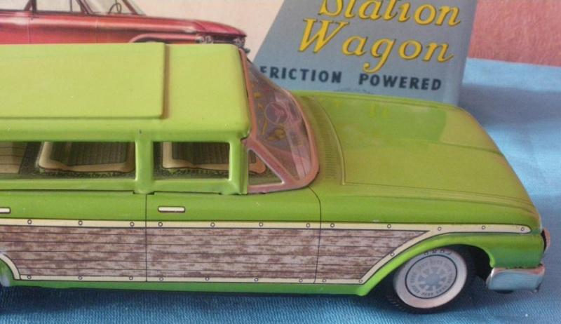 us car -  tôle - Tin Toys -  1950's & 1960's - Page 2 Imgp0713