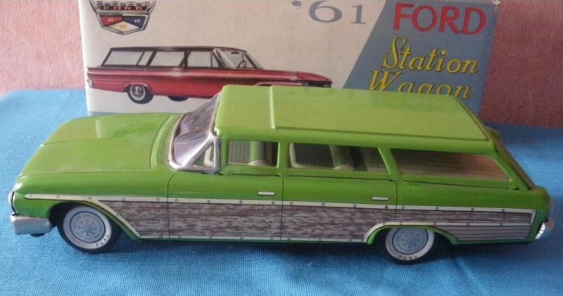 us car -  tôle - Tin Toys -  1950's & 1960's - Page 2 Imgp0715
