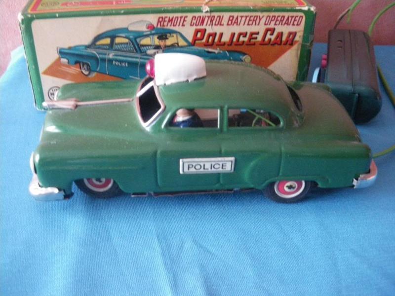 us car -  tôle - Tin Toys -  1950's & 1960's - Page 2 Imgp6712