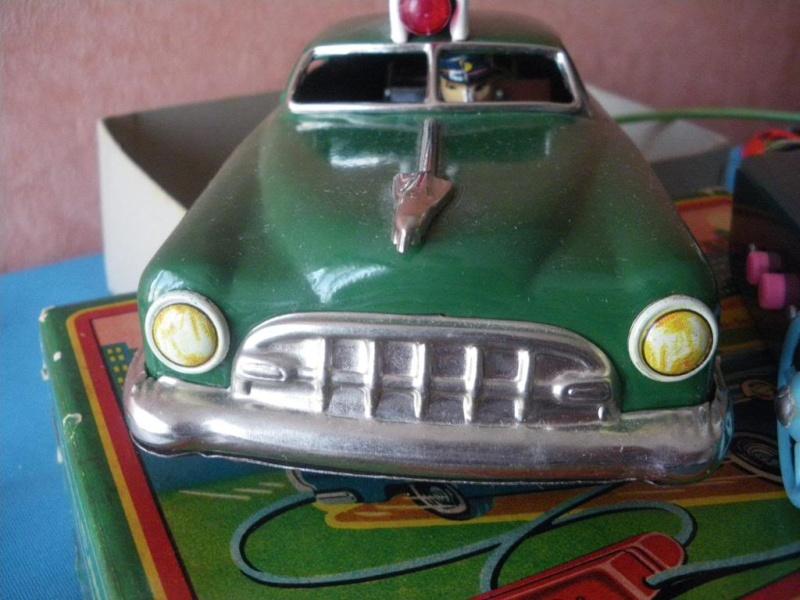 us car -  tôle - Tin Toys -  1950's & 1960's - Page 2 Imgp6713