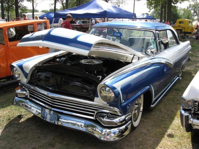Ford 1955 - 1956 custom & mild custom - Page 2 Jdn09010