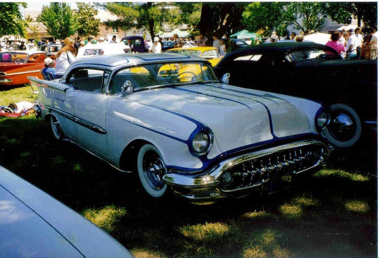 Oldsmobile 1955 - 1956 - 1957 custom & mild custom - Page 2 Oldkus10