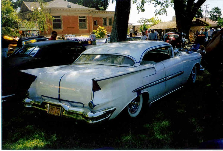 Oldsmobile 1955 - 1956 - 1957 custom & mild custom - Page 2 Oldkus11