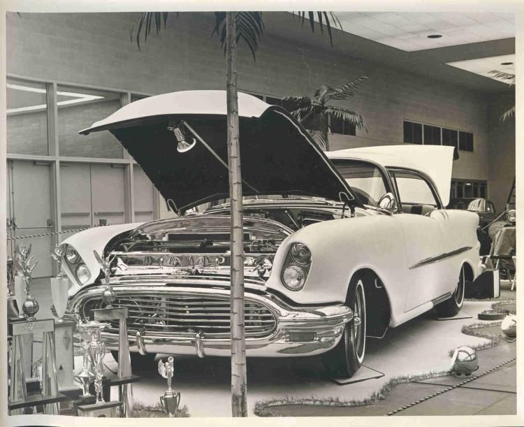Oldsmobile 1955 - 1956 - 1957 custom & mild custom - Page 2 Oldsxx10