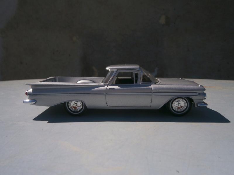1/32 scale - American classic car diecast P4140018
