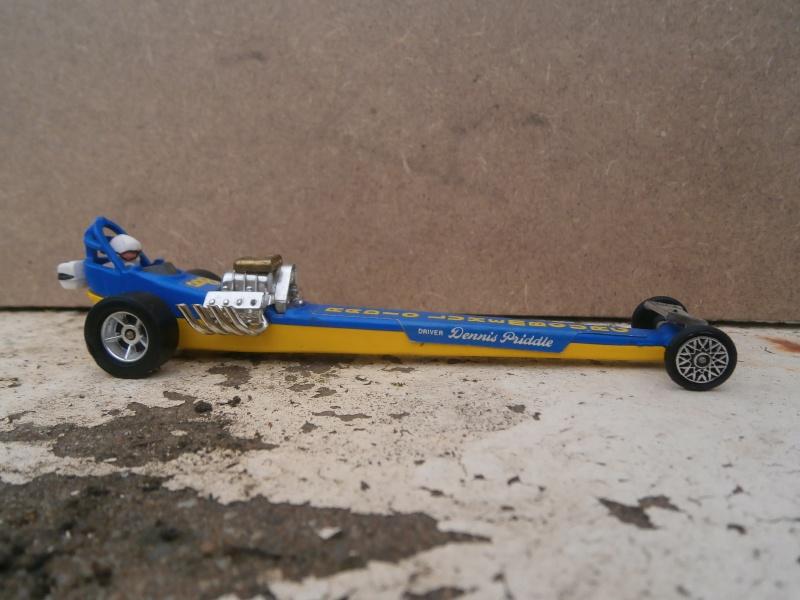 Corgi Dragster - 1/43 scale - Drag Racing P5210104