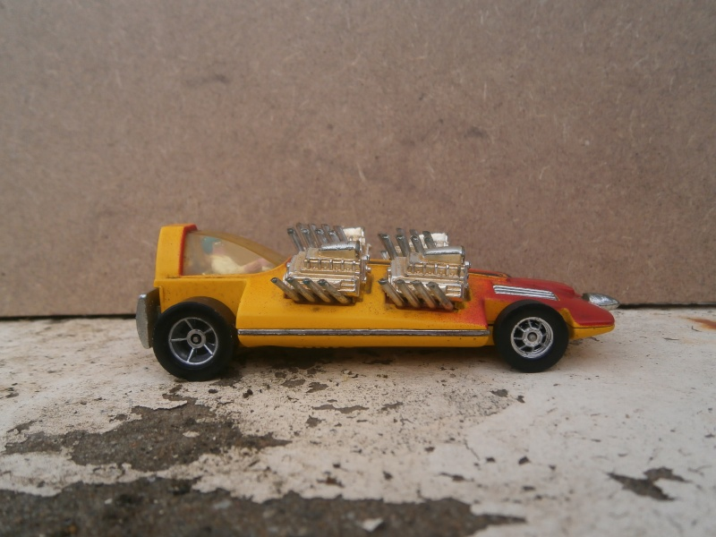 Corgi Dragster - 1/43 scale - Drag Racing P5210112