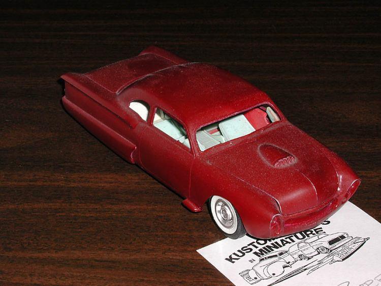 Vintage built automobile model kit survivor - Hot rod et Custom car maquettes montées anciennes Pa030010