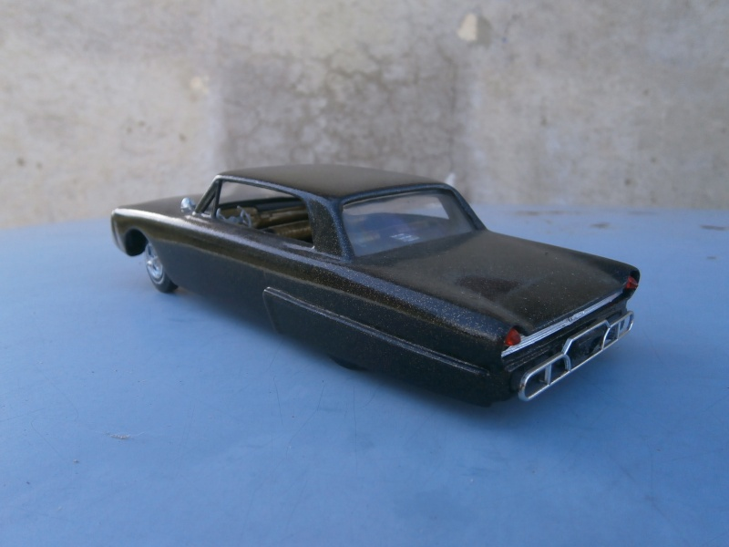 1961 Ford Galaxie  - Customizing kit - 3 in 1 - amt - 1/25 scale Pa230032