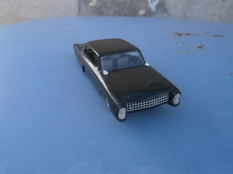 1961 Ford Galaxie  - Customizing kit - 3 in 1 - amt - 1/25 scale Pa230034