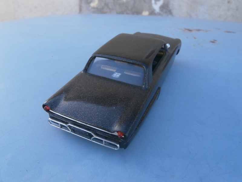 1961 Ford Galaxie  - Customizing kit - 3 in 1 - amt - 1/25 scale Pa230035