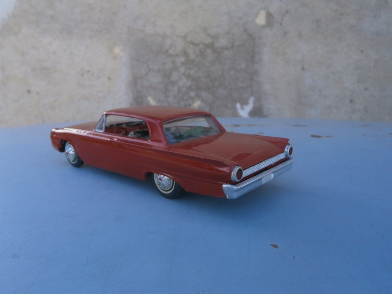 1961 Ford Galaxie  - Customizing kit - 3 in 1 - amt - 1/25 scale Pa230037